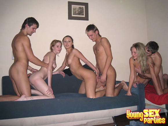 girls-and-guys-got-wonderful-foursome-sex-on-camera